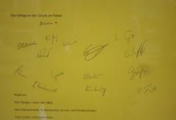 Unterschriften unter dem offenen Brief der Lehrer der Schule am Rabet. Foto: Ernst-Ulrich Kneitschel