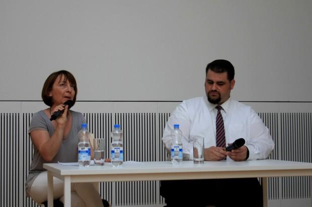 Kerstin Plowinski (Ephraim Carlebach Stiftung) und Rabbiner Zsolt Balla. Foto: Alexander Böhm