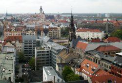 Noch ohne Höfe am Brühl: Blick über Leipzig im fernen Jahr 2011. Foto: Ralf Julke