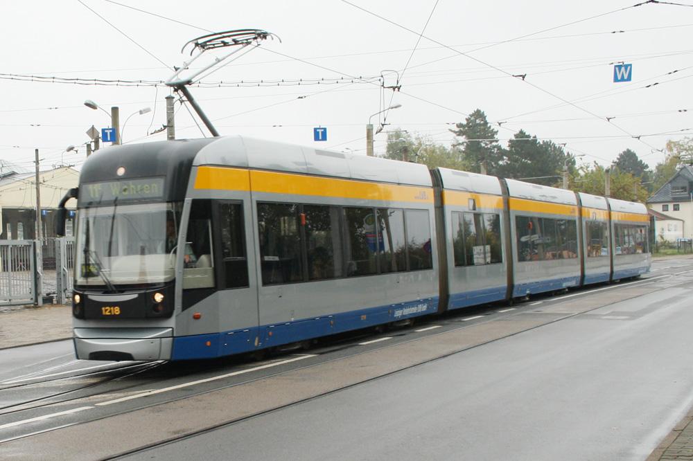 Straßenbahnlinie 11 in Dölitz: Vielleicht doch mal bis zum Markkleeberger See? Foto: Ralf Julke
