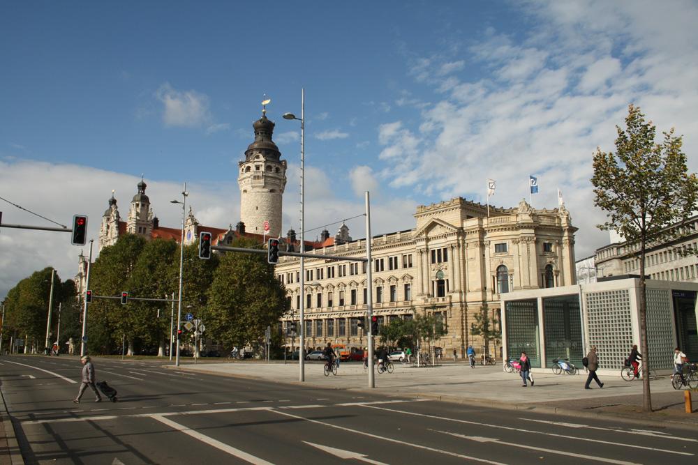Neues Rathaus am Martin-Luther-Ring. Foto: Ralf Julke