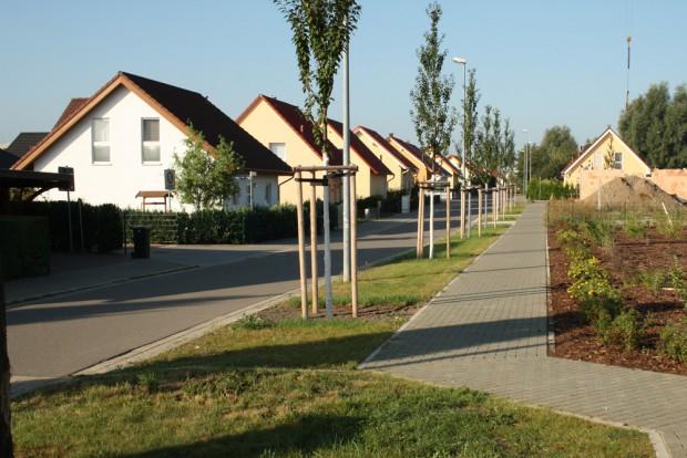 Nicht wirklich das Modell einer kompakten Stadt: Wohnpark Schönau. Foto: Ralf Julke