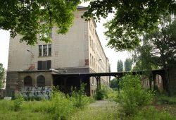 Die ehemalige Hermann-Liebmann-Schule soll zu einem neuen Schulcampus werden. Foto: Ralf Julke