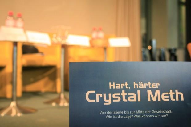 """Motto JU Veranstaltung """"Hart, härter, Crystal Meth"""" am 02.07.2015 im Studio 3"""
