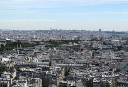 Das Häusermeer von Paris - Blick vom Eiffelturm. Foto: Patrick Kulow