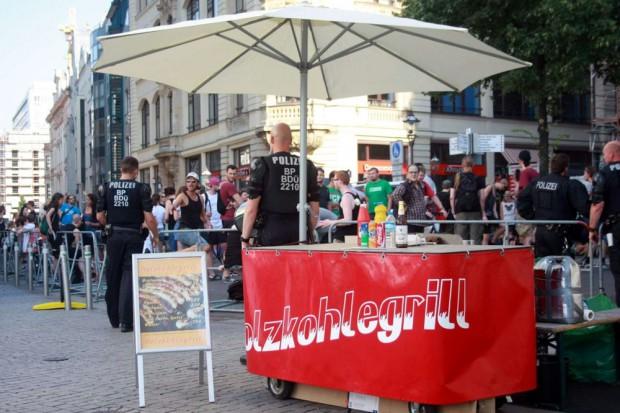 Ein Grill nur für Patrioten. Foto: L-IZ.de