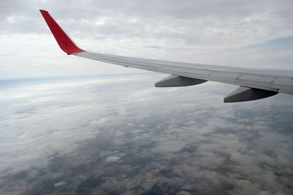 In einem Flugzeug nach Paris ... Foto: Patrick Kulow