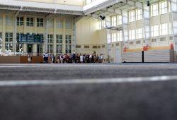 Eine Halle für bis zu 500 Menschen. Die Ernst-Grube-Halle auf dem Unicampus an der Jahnallee. Foto: L-IZ.de