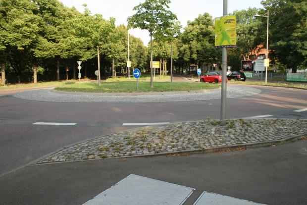 Der Kreisverkehr Am Sportforum. Foto: Ralf Julke