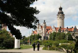 Nicht immer nur eitel in Sonnenschein gebadet: das Neue Rathaus zu Leipzig. Foto: Ralf Julke
