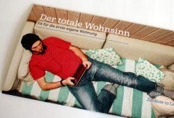 Einladungskarte der LWB: So entspannt kann man liegen, wenn man die Haushaltskasse im Griff hat. Foto: Ralf Julke
