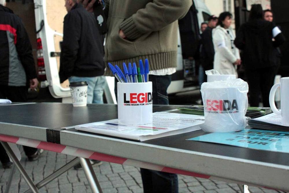 Legida: Längst auch eine Frage des Merchandising. Foto: L-IZ.de