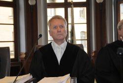 Rüdiger Harrs 8. Strafkammer eröffnete die nächste Chlorephedrin-Anklage nur teilweise. Foto: Martin Schöler