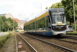 Straßenbahn am Georgiring: Acht Jahre Bremsprobe sind genug. Foto: Ralf Julke