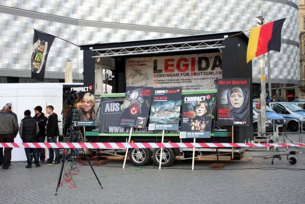 Bei Legida immer dabei, auf der Buchmesse auch. Gegen letzteres macht ein Aktionsbündnis mobil. Foto: L-IZ