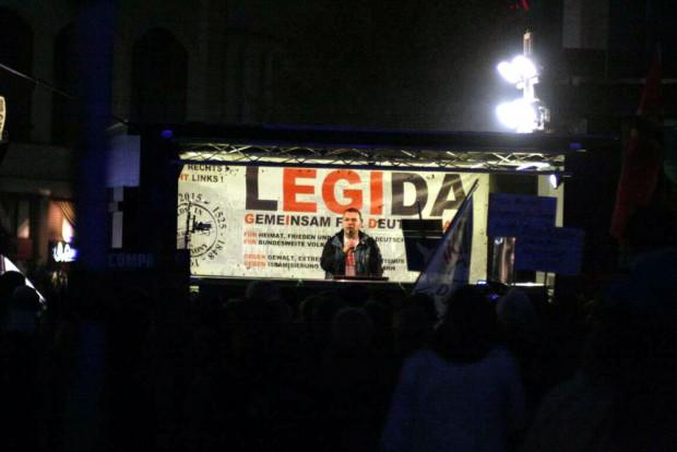 19:15 Uhr Markus Johnke fordert Neuwahlen. Foto: L-IZ.de