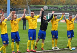 Fünf Punkte beträgt nach dem 9. Spieltag bereits der Vorsprung des Spitzenreiters 1. FC Lok auf die Konkurrenz. Foto: Jan Kaefer