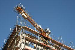 Ein Baukran in Leipzig - aber noch nicht für sozialen Wohnungsbau. Foto: Ralf Julke