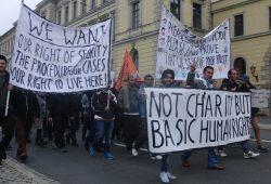 Demo von Geflüchteten: Für Menschenrechte, Sicherheit und eine bessere Asylpolitik. Foto: René Loch