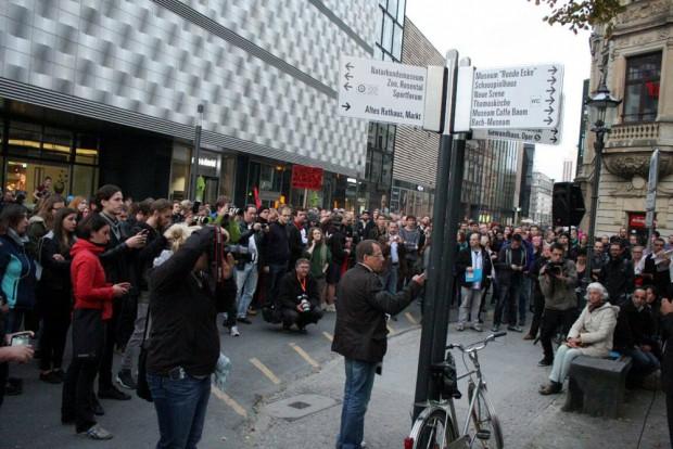 Nach der Umbenennung am Wagnerplatz: Der neue Refugees Welcome Platz in Leipzig. Foto: L-IZ.de