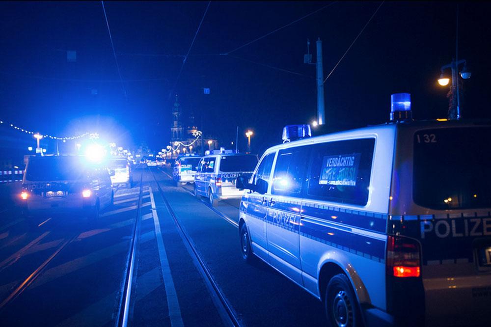 Polizei im Einsatz. Foto: Marcus Fischer