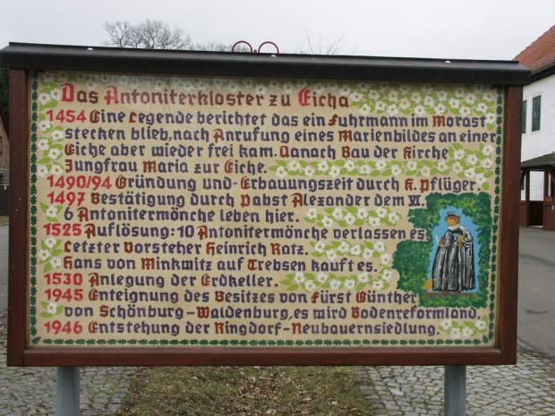 Eine mit Liebe und Fantasie gestaltete Tafel erklärt Kloster-Geschichte. Foto: Karsten Pietsch
