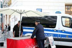 Ein Grill in der Legida-Sperrzone. Eine Sache für den Polizeipräsidenten von Leipzig - Bernd Merbitz fragt mal persönlich nach. Foto: L-IZ.de
