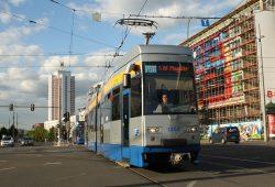 Straßenbahn der Linie 14 am Augustusplatz. Foto: Ralf Julke