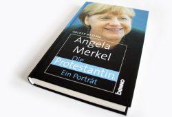 Volker Resing: Angela Merkel. Die Protestantin. Foto: Ralf Julke