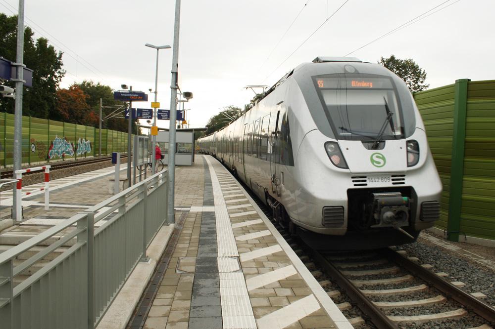 S-Bahn auf dem Weg nach Altenburg. Foto: Ralf Julke