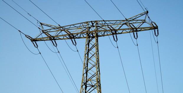 Ein Großteil des im Osten erzeugten Stroms wird in die südlichen Bundesländer exportiert. Foto: Ralf Julke