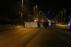 18:00 Uhr: 200 Menschen gegen Legida am Johannapark. Foto: L-IZ.de