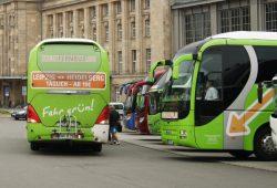 Fernbusse am Hauptbahnhof Leipzig. Foto: Ralf Julke