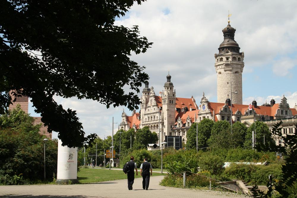 Wilhelm-Leuschner-Platz: Hier könnte man auch eine Schule hinstellen. Foto: Ralf