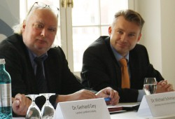 Der scheidende Leiter des Leipziger Amtes für Wirtschaftsförderung, Michael Schimansky (links, hier neben dem ehemaligen GF von Invest Region Leipzig, Lutz Thielemann). Foto: Ralf Julke