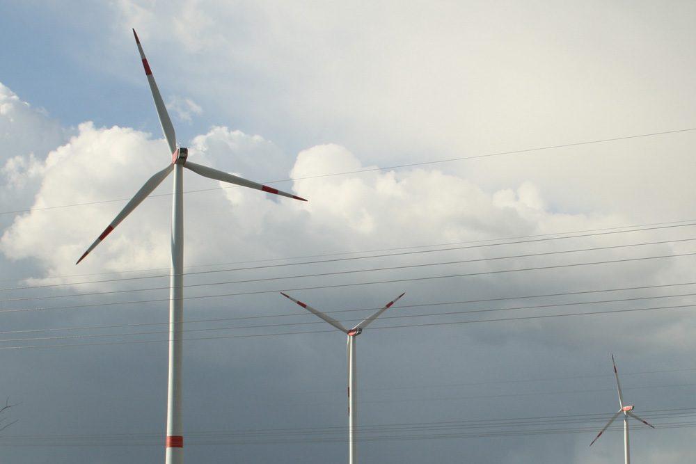 Windkraftanlagen im Leipziger Nordosten. Foto: Ralf Julke
