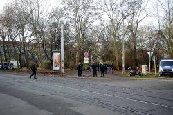 1115 Polizei sichert Albrecht-Dürer-Platz