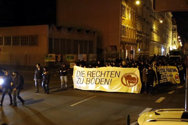 Demonstration zieht durch die Südvorstadt. Foto: Alexander Böhm