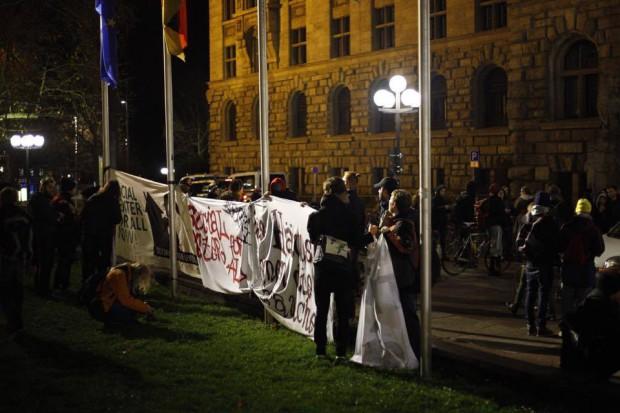 Der Protest endete am Neuen Rathaus Leipzig. Foto: Marcus Fischer
