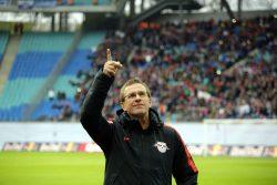 Oben angekommen. Auf RBL-Cheftrainer Ralf Rangnick wartet am 1. Bundesliga-Spieltag ein Duell mit Ex-Club Hoffenheim. Foto: GEPA Pictures