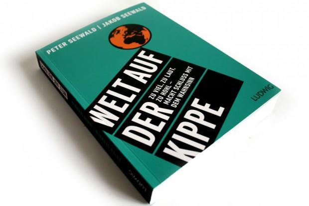 Peter Seewald, Jakob Seewald: Welt auf der Kippe. Foto: Ralf Julke