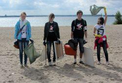 """Jugendliche aus Sachsen gewinnen """"Trashbusters H20""""-Bundeswettbewerb. Foto: NAJU"""