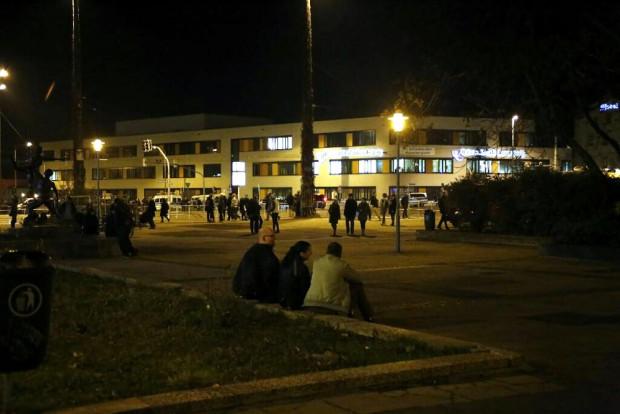 Weitgehend ruhig auf dem Bayrischen Platz um 18:40 Uhr. Foto: L-IZ.de