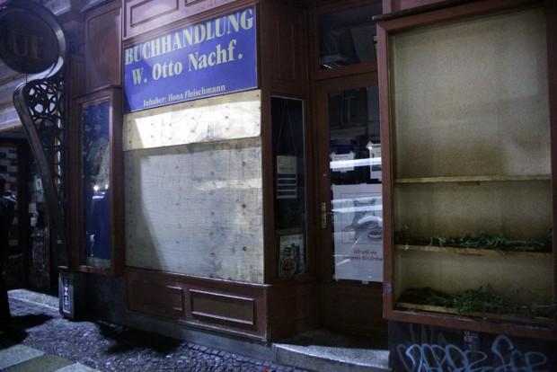22:45 Uhr: Rund 20 Geschäfte sind betroffen - auch die kleine Buchhandlung. Foto: L-IZ.de