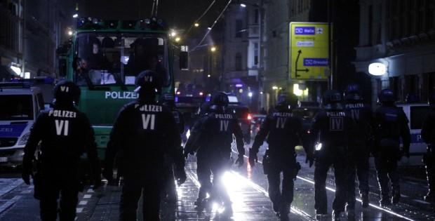 Großeinsatz der Polizei am 11. Januar in Connewitz, Wolfgang-Heinze-Straße und 215 Gewahrsamnahmen. Foto: L-IZ.de