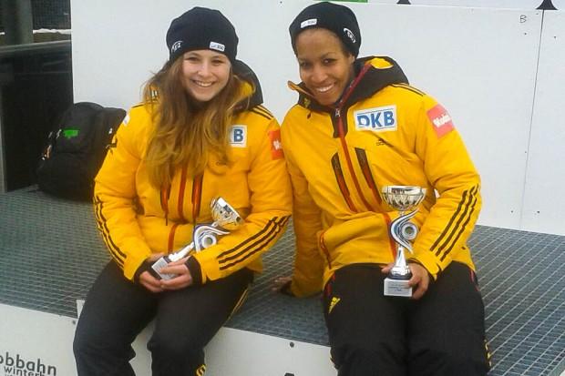 Weltcup-Greenhorns sorgen für Furore: Anne Lobenstein (li.) und Mariama Jamanka vom BSR Oberhof. Foto: privat