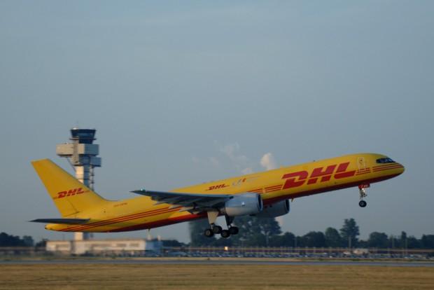 Startender DHL-Frachter. Foto: Uwe Schoßig / Flughafen Leipzig / Halle