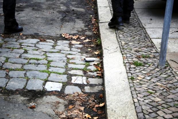Gaskartuschen überall - auch bereits abgelaufene waren darunter. Foto: Alexander Böhm
