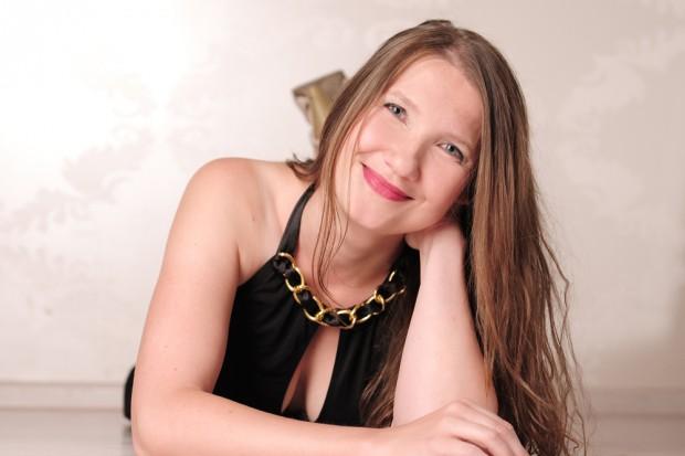 Moderatorin, Dozentin, Anlassrednerin und Musikerin Jana Hoffmann. Foto: Hoffmann PR