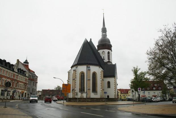 Die Laurentiuskirche und der Markt in Markranstädt. Foto: Ralf julke